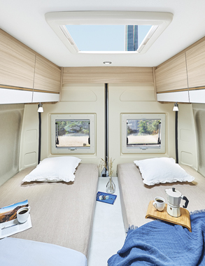 converted van DREAMER D68 Exclusive - Bedroom