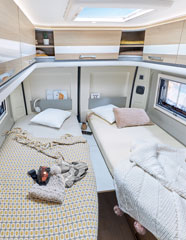 converted van DREAMER D68 LIMITED - Bedroom
